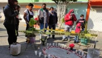 Muestran su devoción a un bache con la figura de la Virgen de Guadalupe