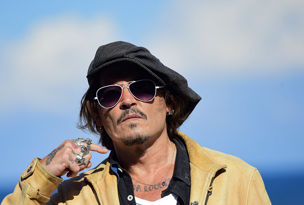 Recolectan firmas para que Johnny Depp vuelva a Piratas del Caribe