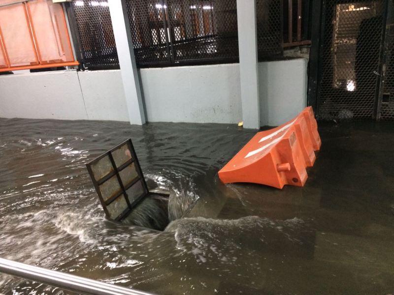 Tren-Subterráneo-aguas-negras
