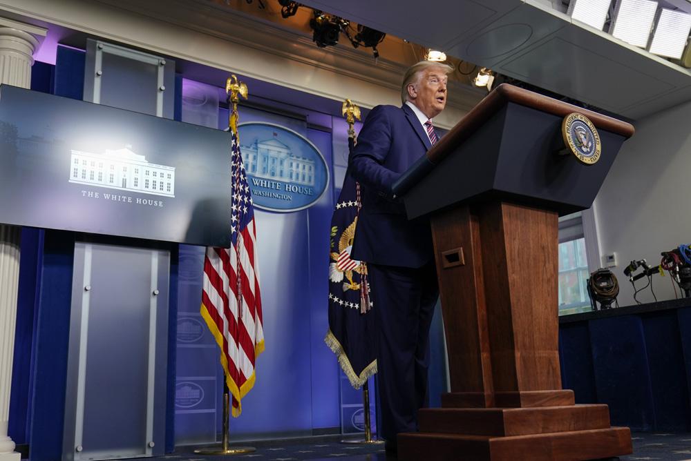 Trump aplaza expulsión de venezolanos por 18 meses