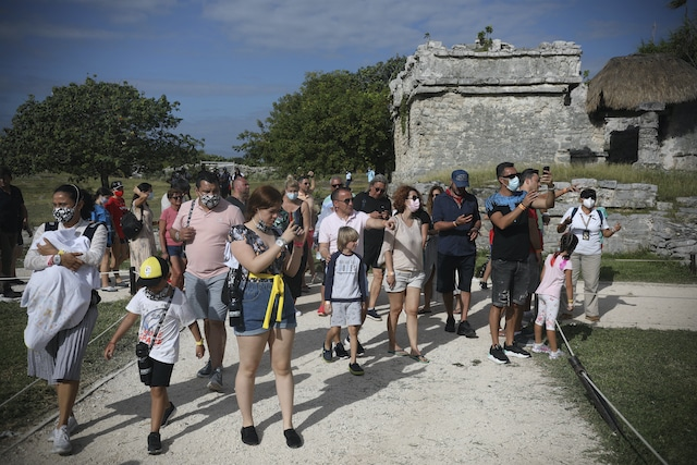 ¿Turismo en pandemia? La Riviera Maya llena de visitantes