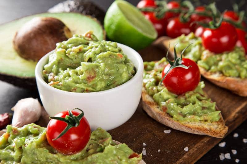 guacamole-variaciones-tradicional-receta-super-bowl