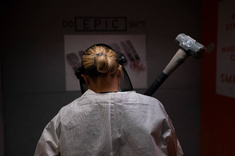 sala-de-ira-como-terapia-para-liberar-tensiones-pandemia