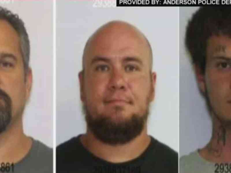 Tres sujetos peligrosos Carolina del Sur