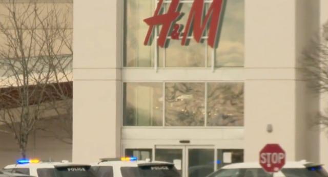 Centro comercial en Charlotte es evacuado después de disparos