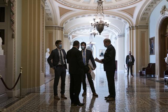 El Senado aprueba el paquete de estímulo por $1.9 billones de dólares