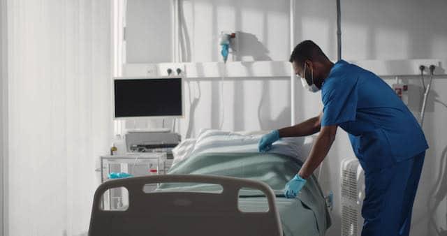 COVID-19: Menos de 900 personas hospitalizadas en Carolina del Norte