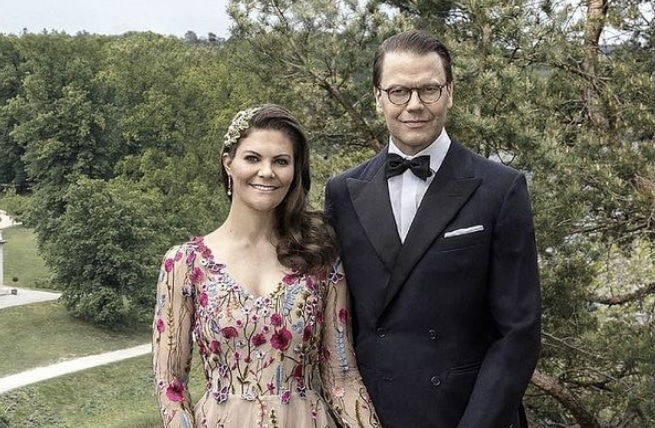 La princesa Victoria de Suecia y si esposo, han dado positivo a COVID-19