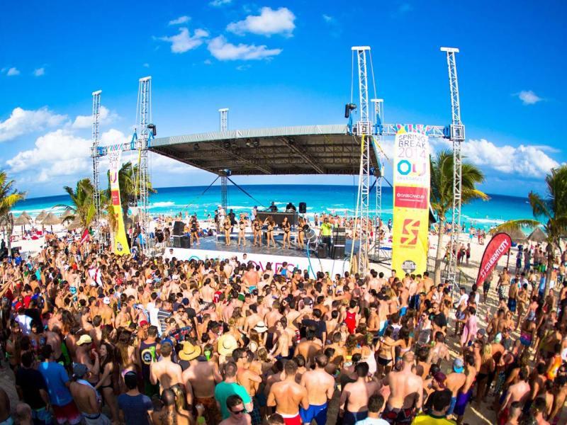Toque-de-queda-Miami-Spring-Break