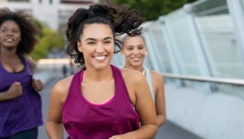 COVID-19: 20 minutos de ejercicio puede evitar síntomas graves según estudio