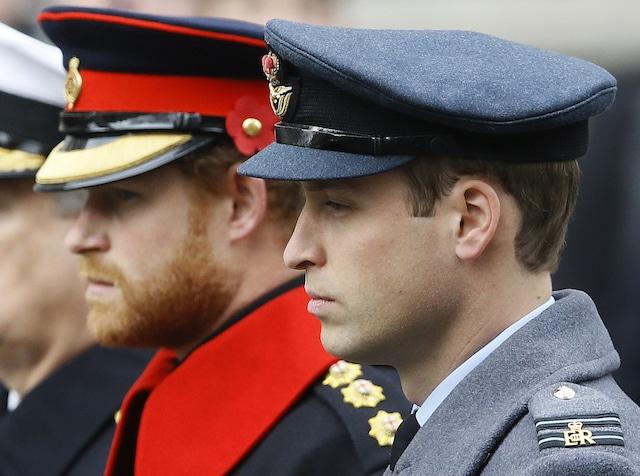 William y Harry no caminarán juntos en el funeral de su abuelo