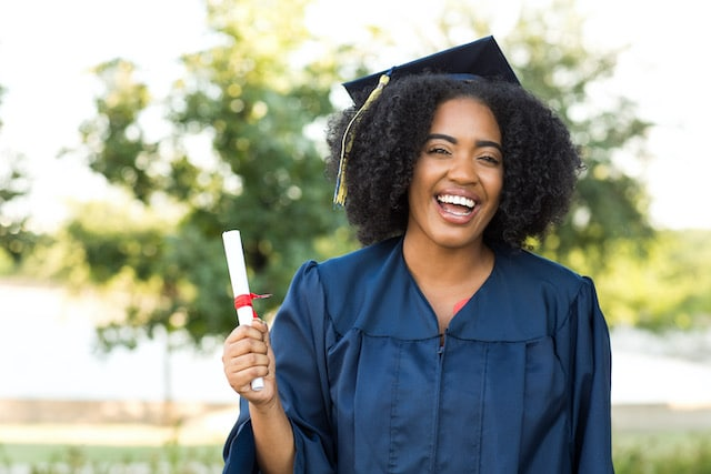 Beca para estudiantes adoptados en Carolina del Norte