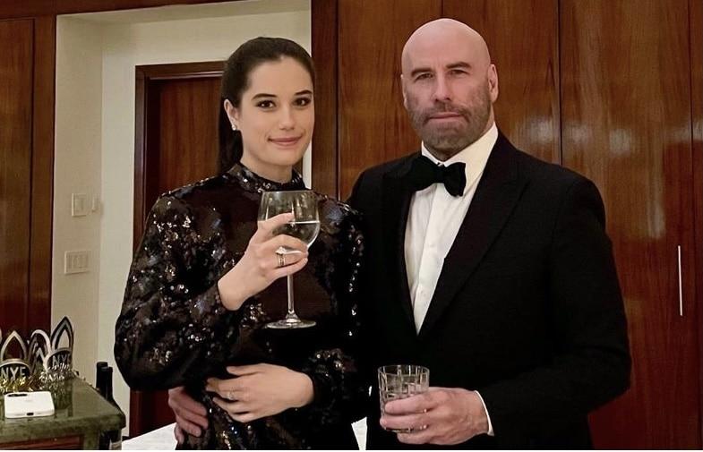Así felicitó John Travolta a su hija Ella