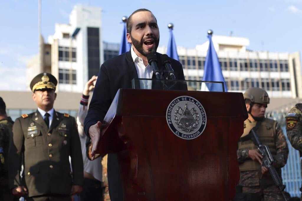 El Salvador: OEA rechaza destitución de jueces de Corte Suprema