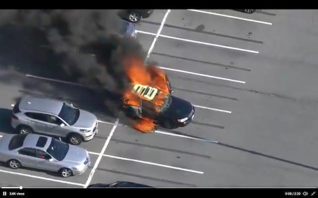 Auto se incendia: conductor usa desinfectante de manos mientras fumaba