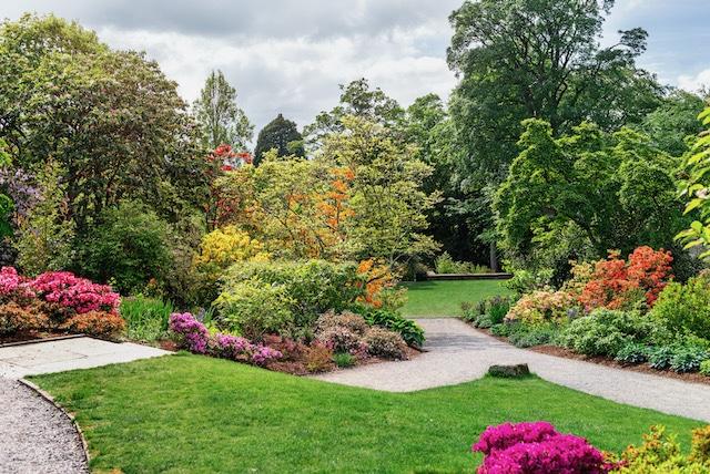 Cinco jardines para visitar este verano en el Triángulo