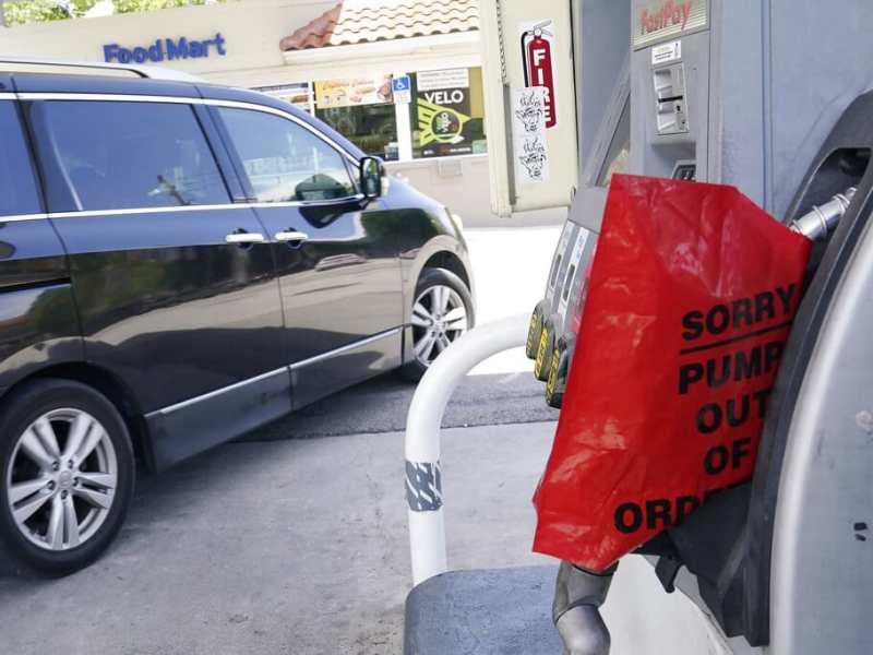 """Conductores deben esperar escasez de gasolina por """"semanas"""""""