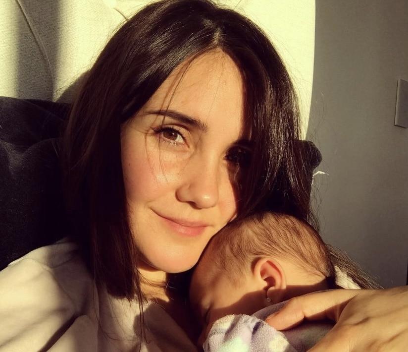 Dulce Maria, ex-RBD, muestra tiernas imágenes de su hija