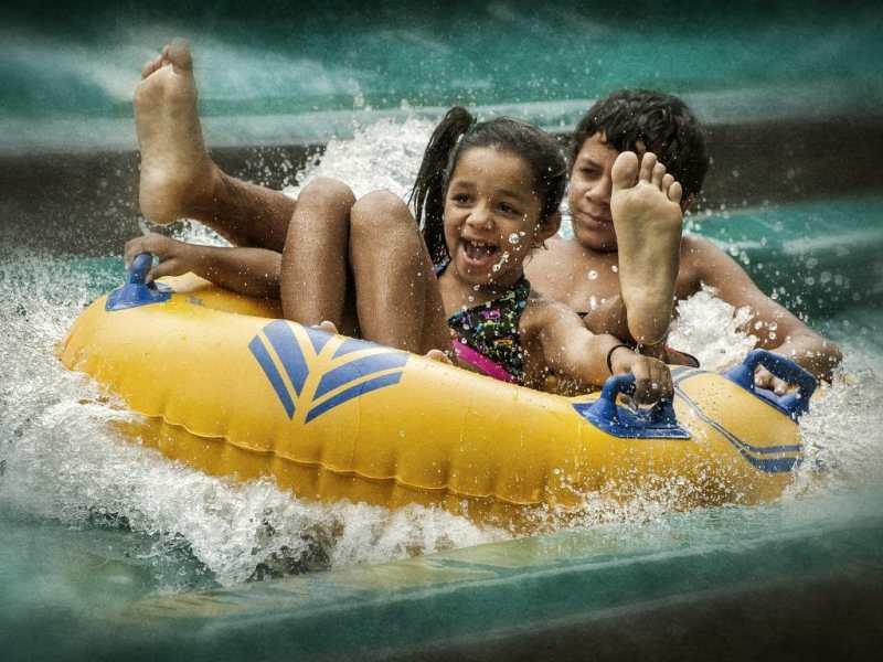El parque acuático Wet'n Wild de Greensboro abrirá este fin de semana