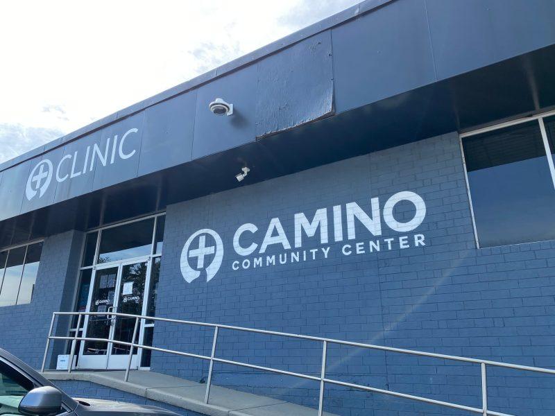 Ofrecen vacunas COVID-19 en Camino Community Center de Charlotte