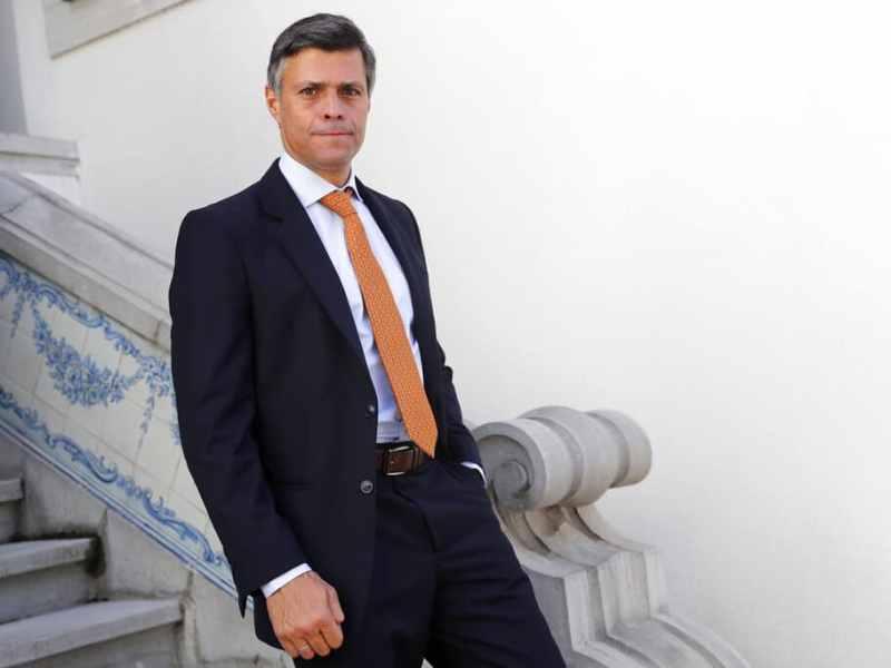 Opositor Leopoldo López apoya negociar con Maduro