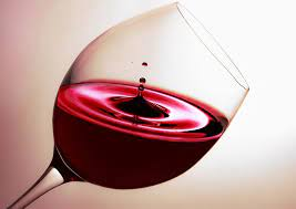 ¿Cuáles son los componentes de una botella de vino?