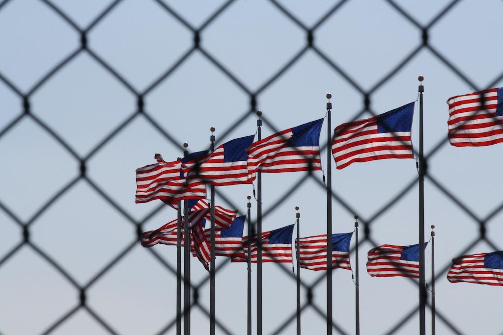 """Gobierno revisará casos de deportados """"injustamente"""" para que regresen a Estados Unidos"""