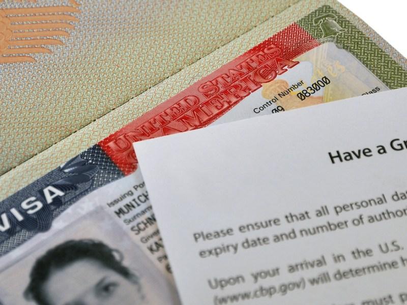Visa U: entregan permisos de trabajo más rápido a inmigrantes víctimas de crímenes