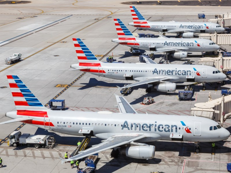 American Airlines elimina cientos de vuelos, incluso en Charlotte
