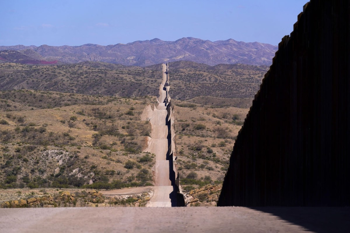 Baja en mayo número de niños que cruzan frontera solos