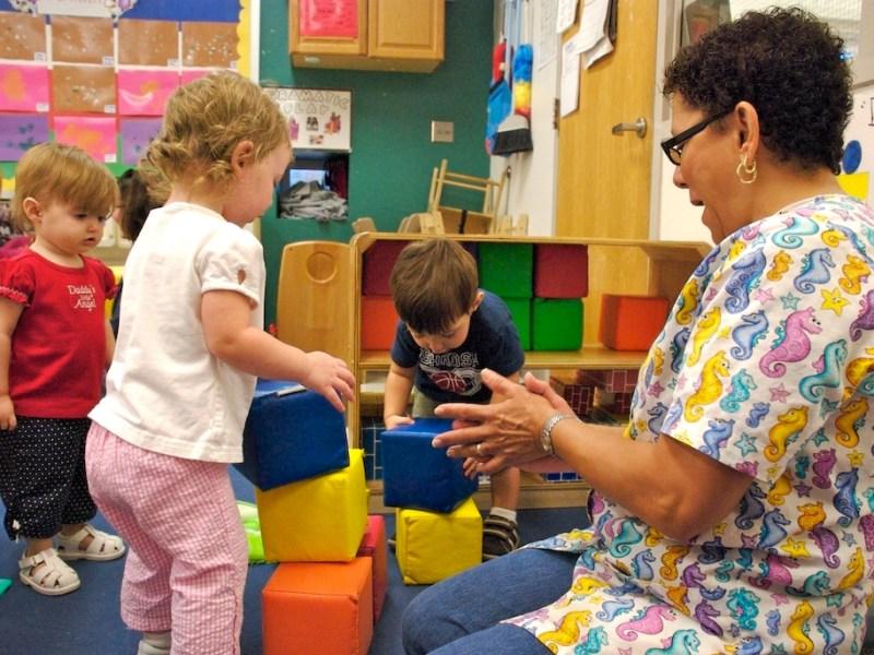 Child Care Search: Programa lo ayuda gratis a encontrar el mejor lugar de cuidado infantil para su hijo