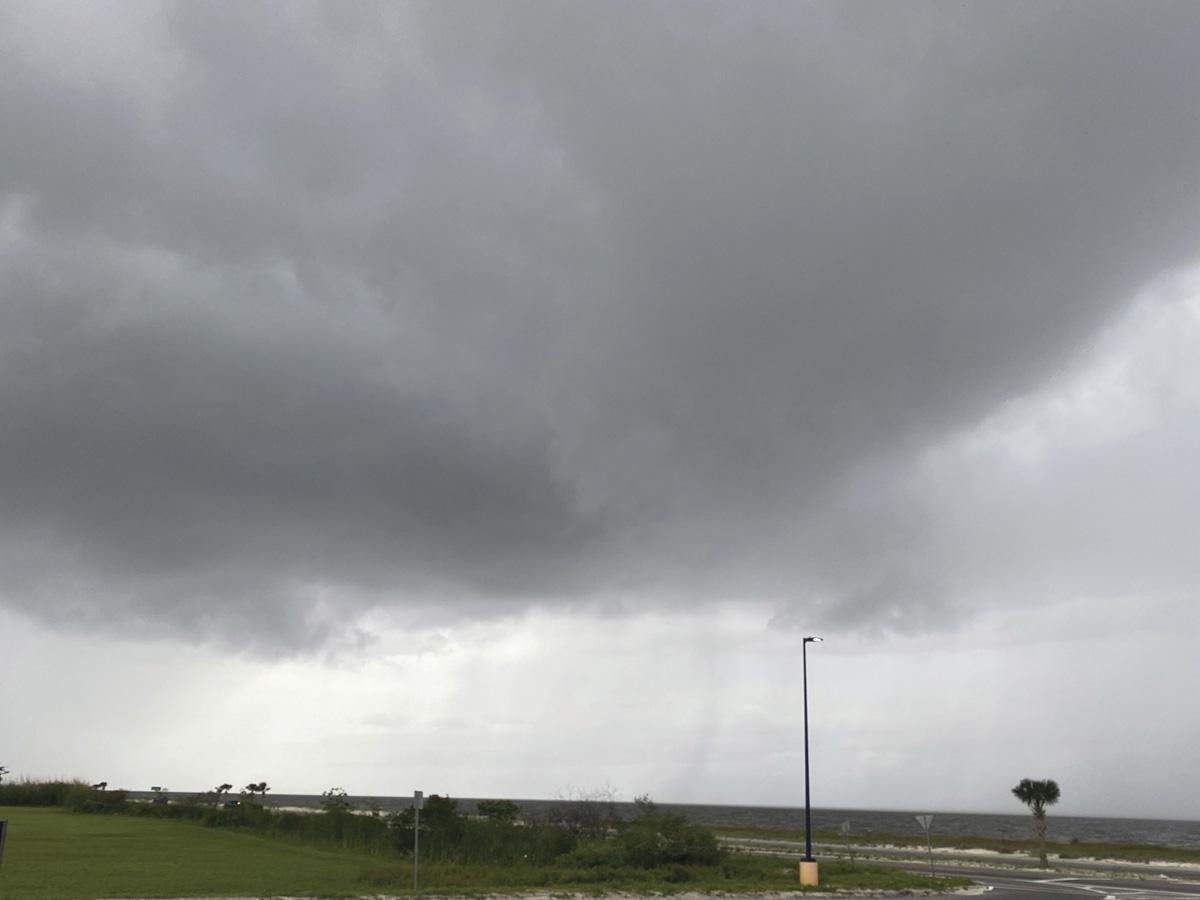 Claudette se fortalecerá sobre Carolina del Norte