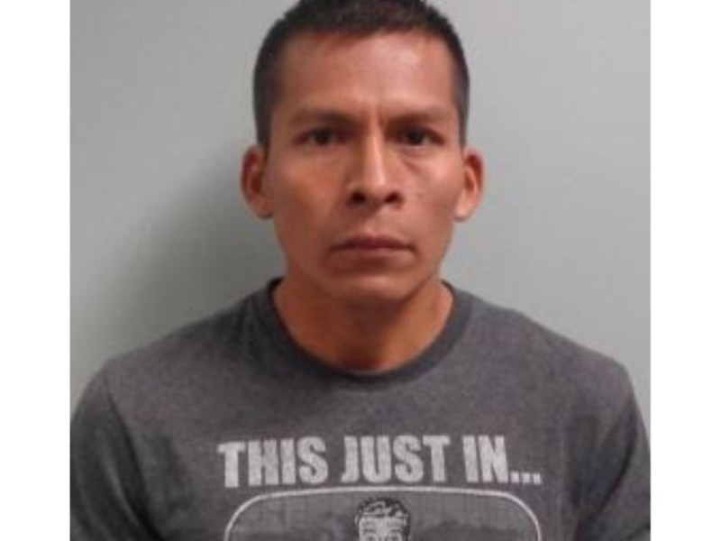 Latino en prisión por abusar sexualmente de un hombre que había ayudado a cruzar la frontera