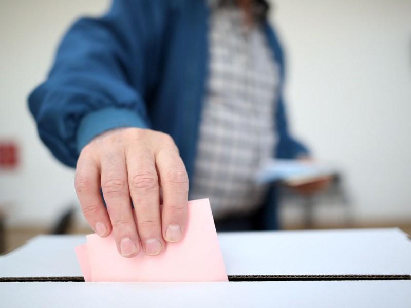 Planifican posponer elecciones de alcalde en Raleigh para 2022