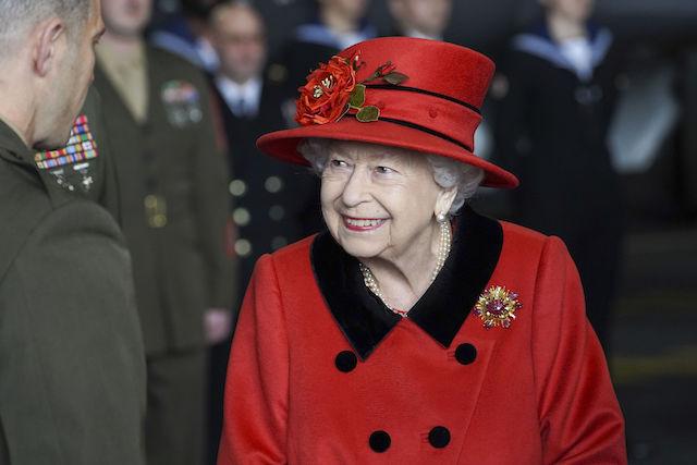 Reina Isabel de Inglaterra celebra así sus 70 años en el trono