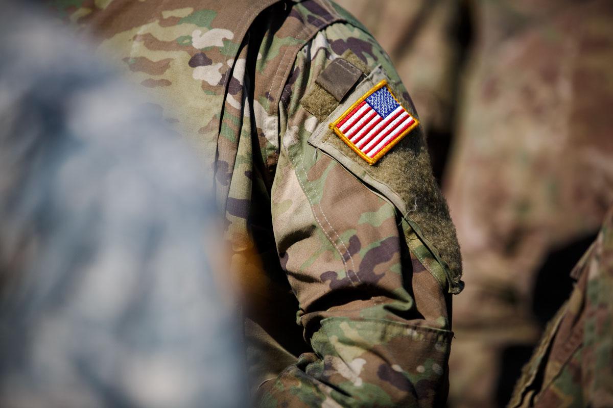 Secretario de Defensa apoyará cambiar manejo del asalto sexual en el Ejército