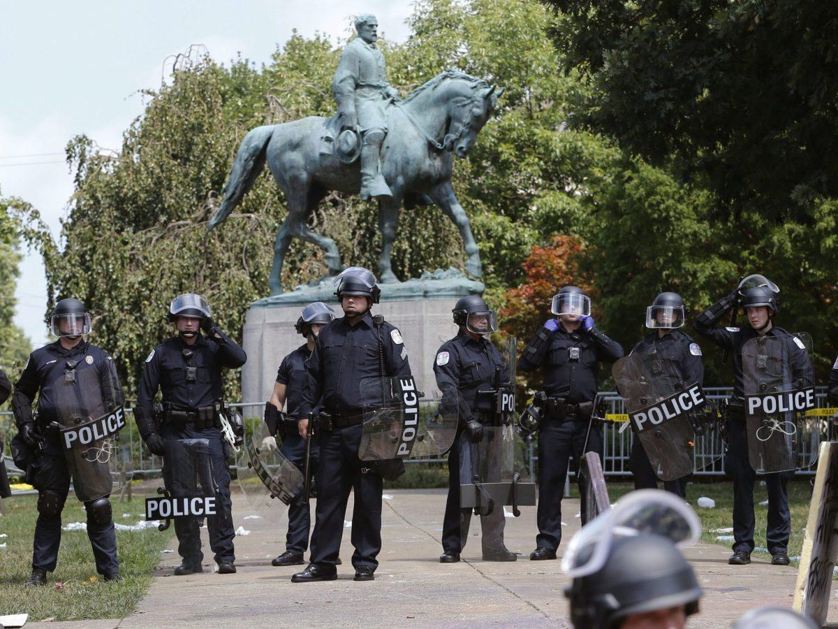 charlottesville estatua supremacistas