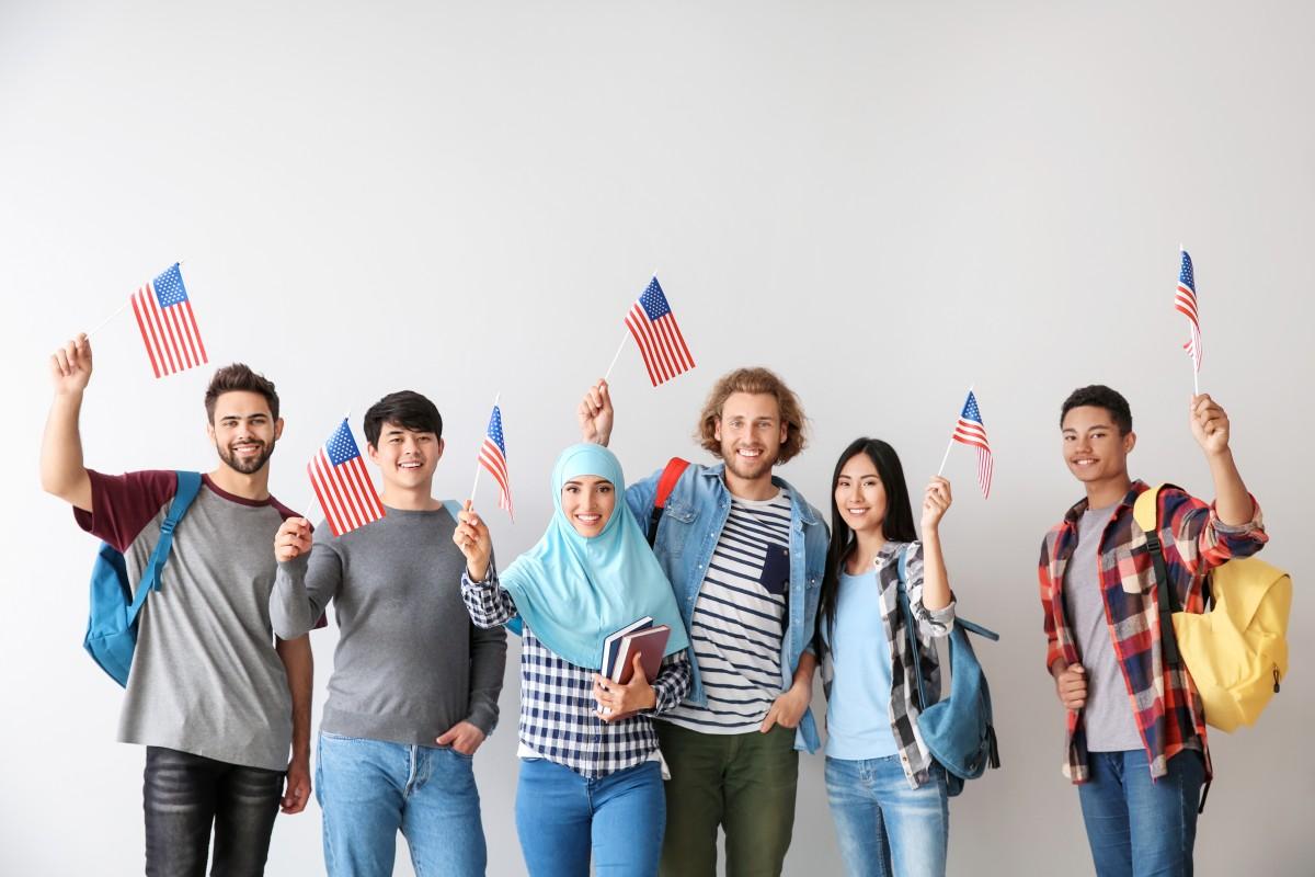Encuesta muestra alto apoyo a la inmigración en Estados Unidos