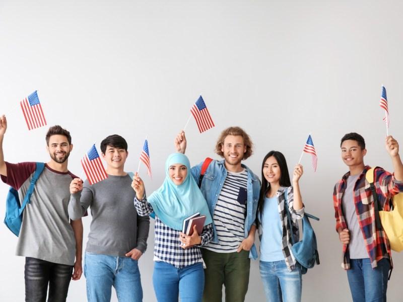 Encuesta muestra alto apoyo a la inmigración en los Estados Unidos