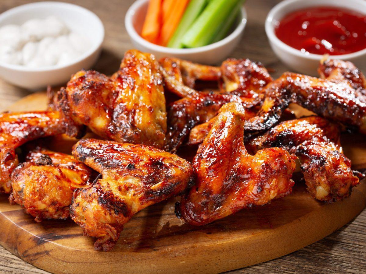 ¡Celebra el Día Nacional de las Alitas de Pollo de la manera correcta!