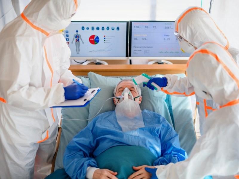 Casi 2,000 personas están hospitalizadas con COVID-19 en Carolina del Norte