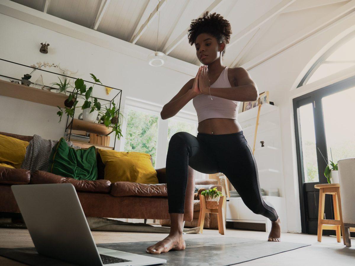 Trans Yoga Project hace que el bienestar y salud sea más accesible para las personas trans y no binarias de Charlotte.