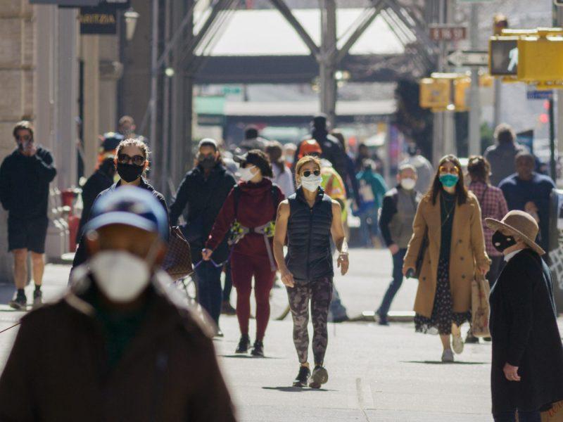 La ciudad de Raleigh anunció el 13 de agosto que implementarían una orden para el uso de mascarillas en interiores a las 5:00 p.m. © blvdone / Adobe Stock
