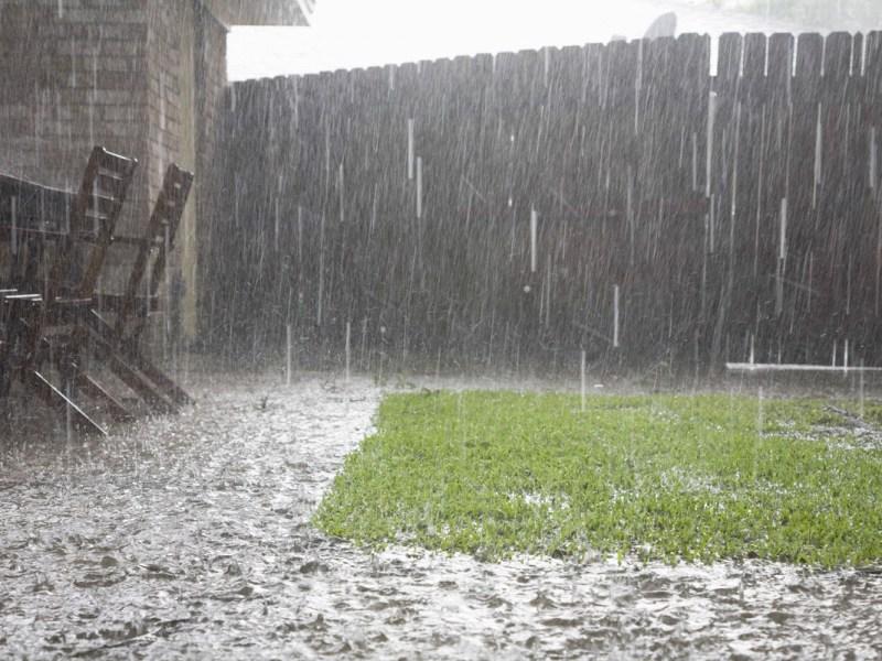 Alertan sobre inundaciones repentinas en áreas de Las Carolinas
