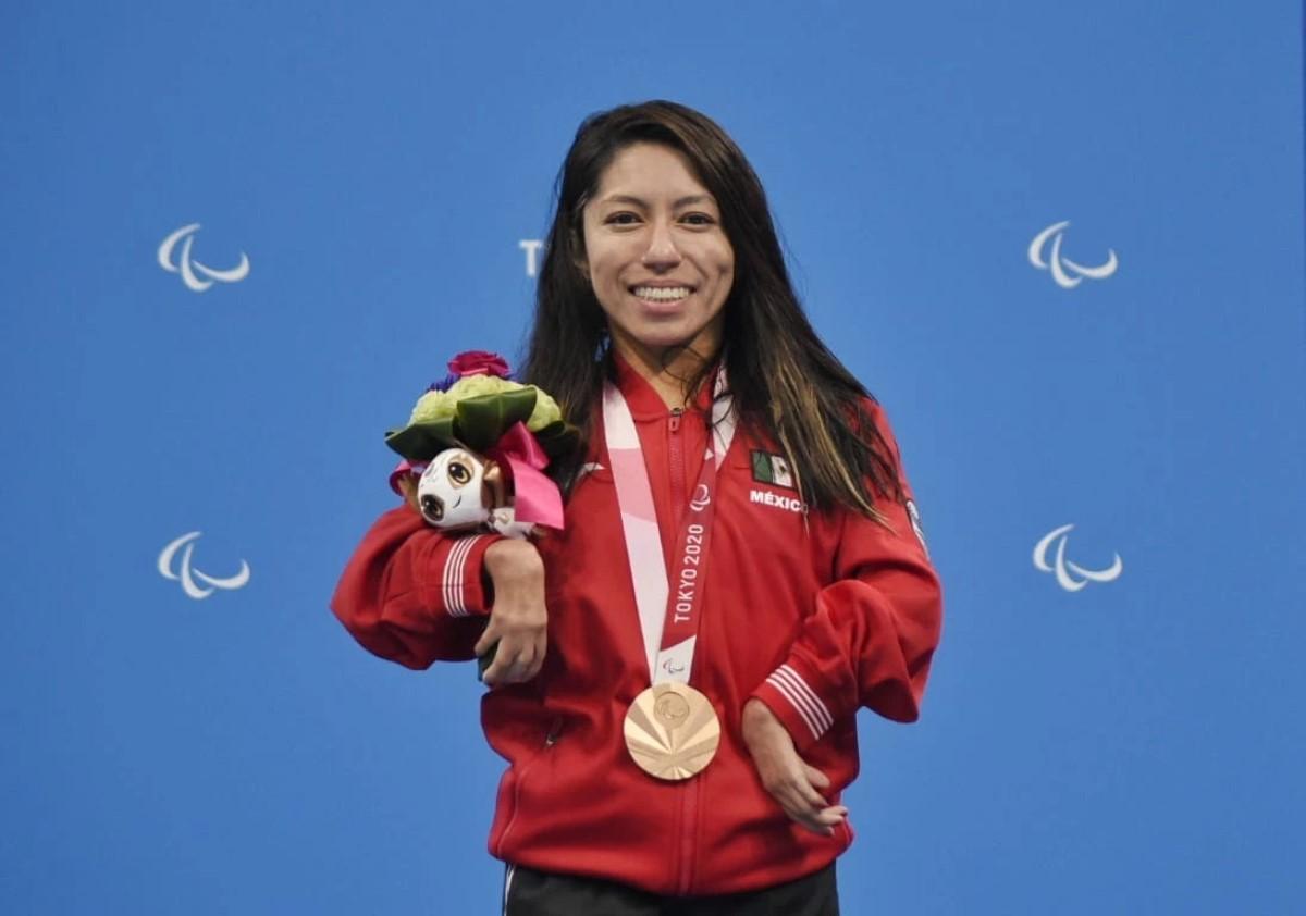 Fabiola Ramírez abogada medallista