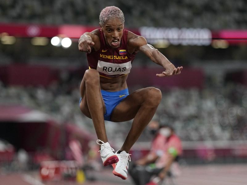 Yulimar Rojas gana el oro para Venezuela y bate récord mundial