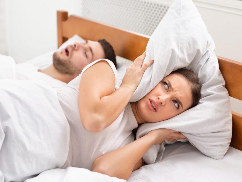 como-dejar-de-roncar-5-soluciones-eficaces-ayudan