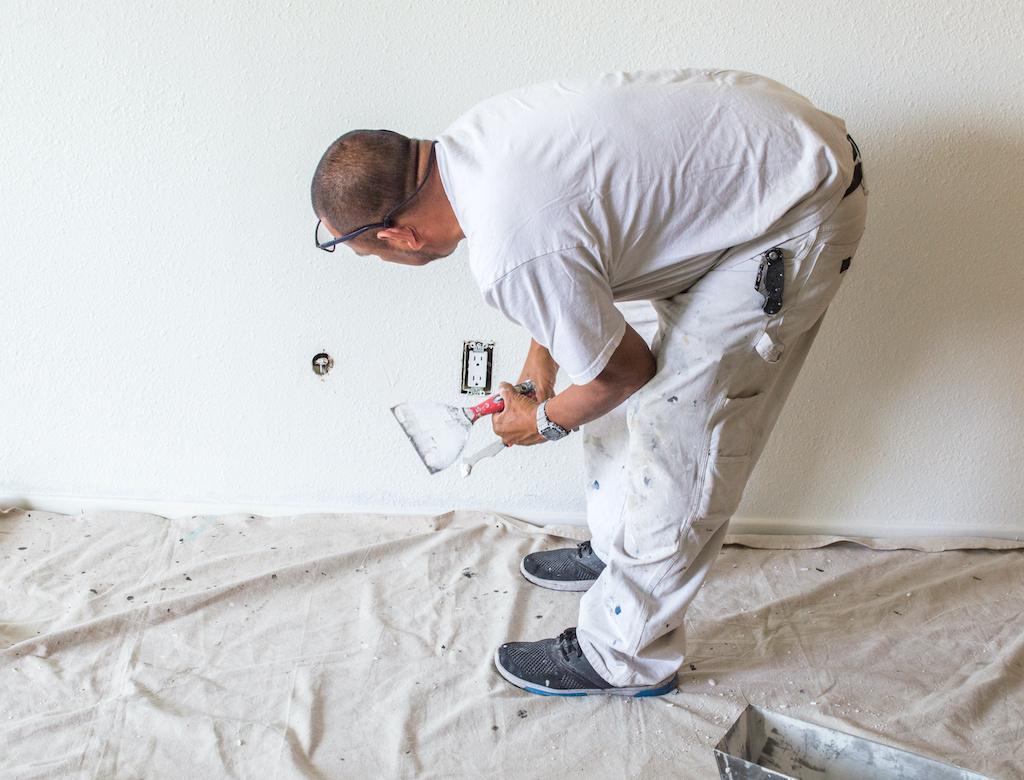 Escasez de pintura: ¿Cómo afecta a contratistas latinos y qué están haciendo?