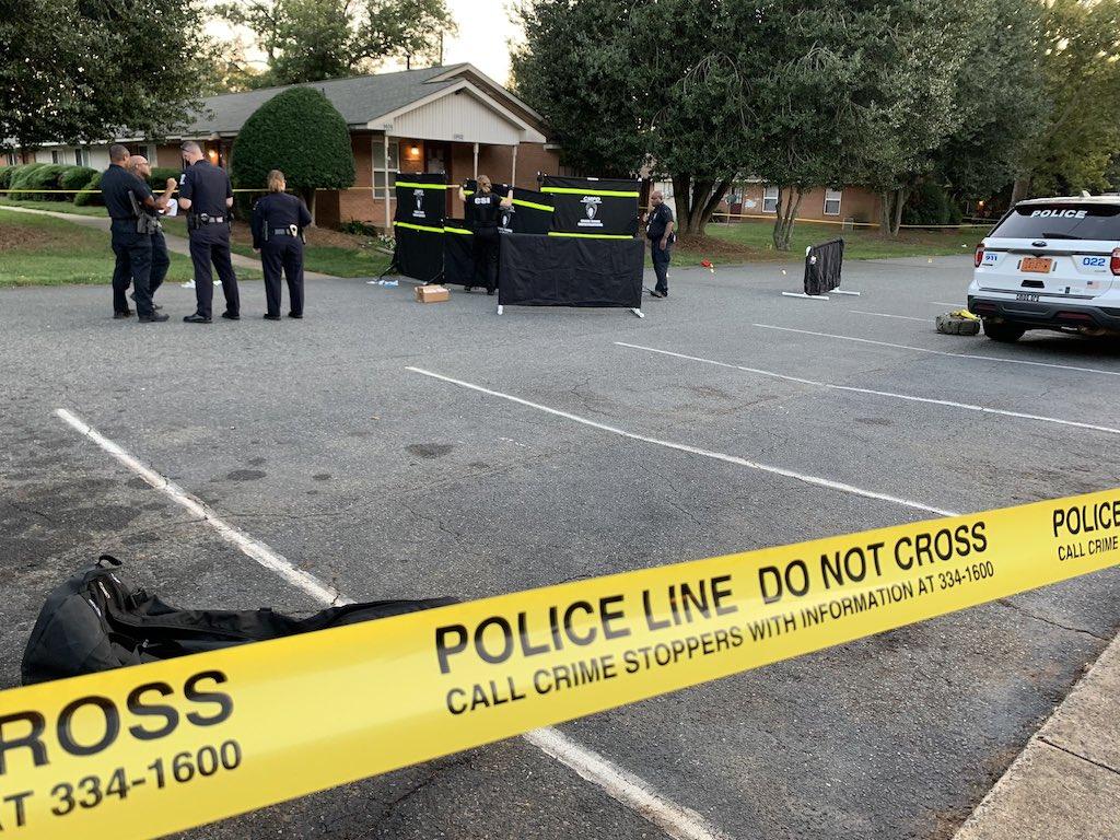 ¡Domingo sangriento en Charlotte! Tiroteos dejan dos muertos y varios heridos