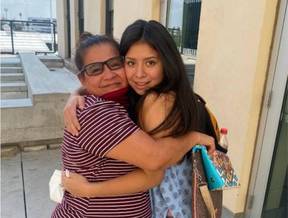 madre-latina-se-reencuentra-con-su-hija-secuestrada-14-anos-atras